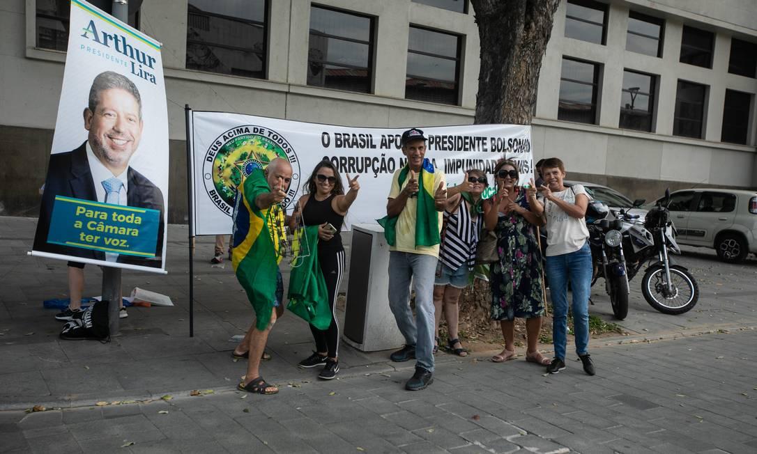 Bolsonaristas manifestam apoio ao presidente da Câmara Arthur Lira (PP-AL) Foto: Brenno Carvalho / Agência O Globo