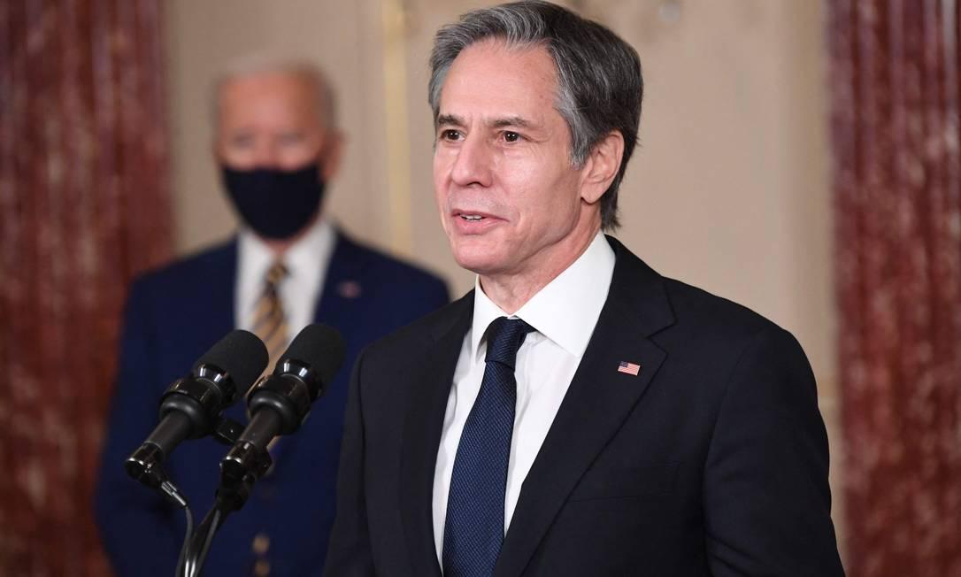 Secretário de Estado dos EUA, Antony Blinken. Governo americano quer que o Irã dê o primeiro passo para retomada plena do acordo sobre o programa nuclear do país Foto: SAUL LOEB / AFP
