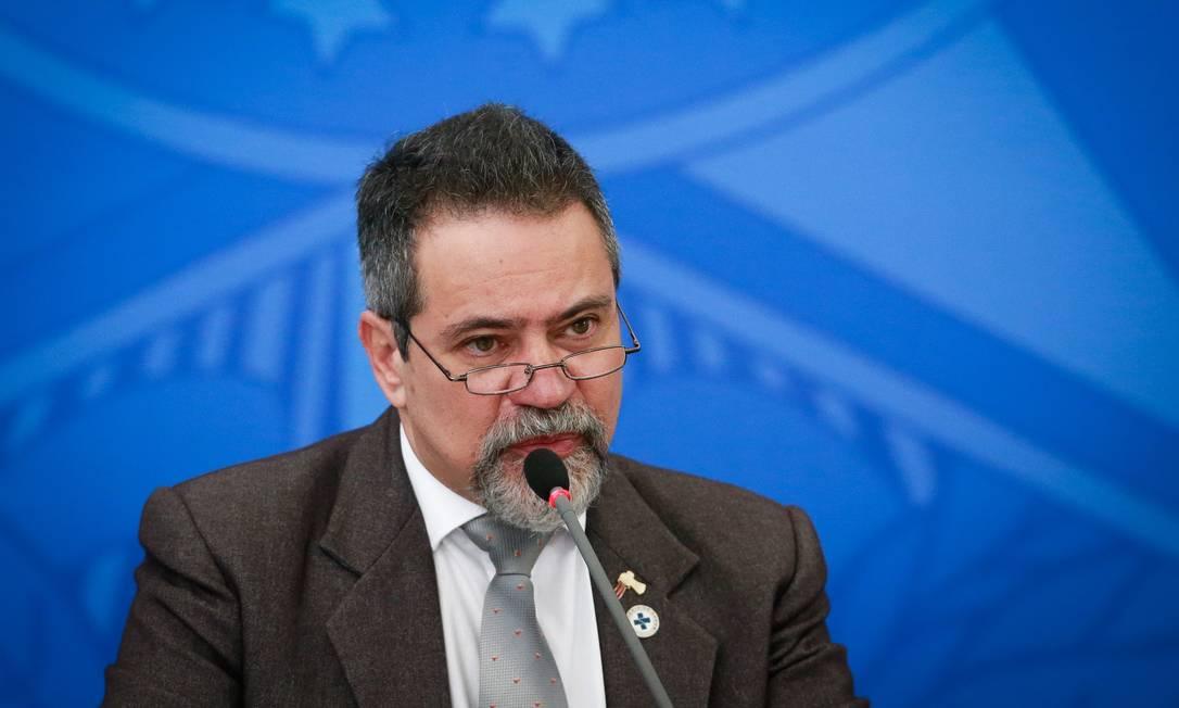 O secretário-executivo do Ministério da Saúde, Elcio Franco, durante entrevista coletiva Foto: Pablo Jacob/Agência O Globo/27-06-2020