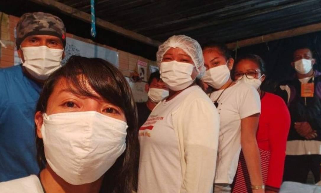 Vanda Ortega (em primeiro plano) montou hospital de campanha em área cedida por igreja Foto: Arquivo pessoal