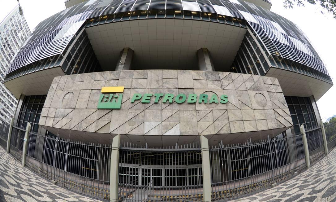 Prédio da Petrobras no Centro do Rio Foto: FramePhoto / Adriano Ishibashi / FramePhoto/08-02-2021