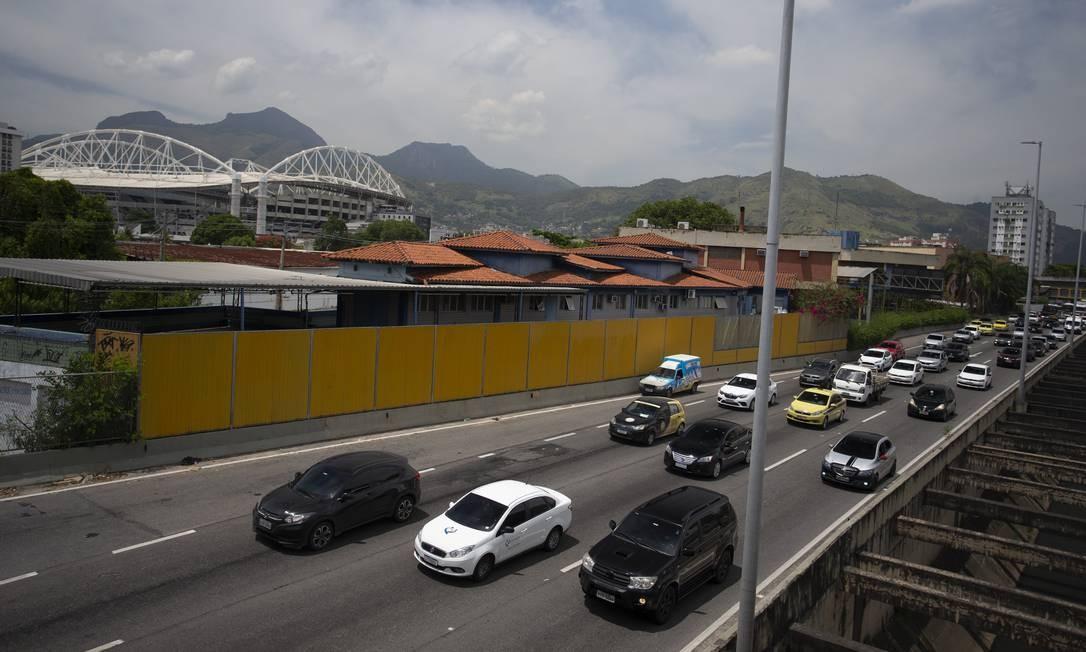 Paes anuncia nova licitação para a concessão da Linha Amarela até junho deste ano Foto: Márcia Foletto / Agência O Globo