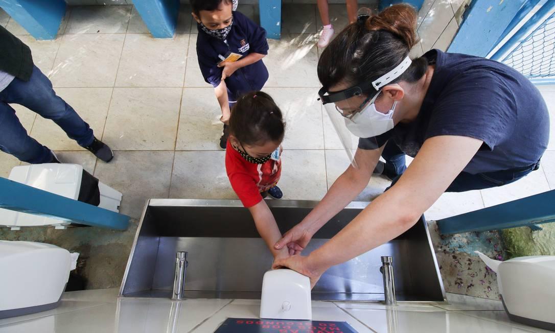 Escolas de São Paulo retornaram às aulas Foto: Deividi Correa / Agência O Globo
