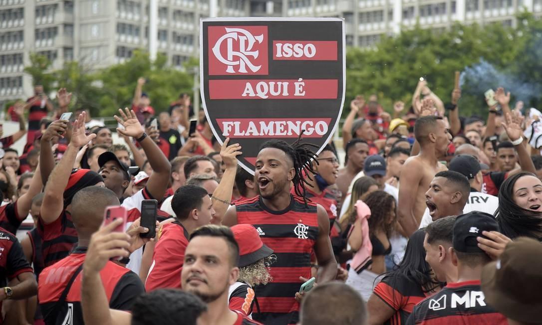 Flamengo pode garantir chances de título na última rodada Foto: ALEXANDRE LOUREIRO / REUTERS