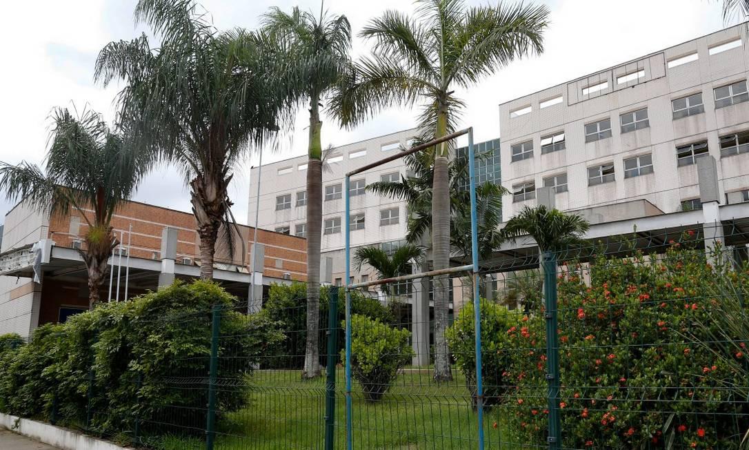Hospital municipal Ronaldo Gazolla, referência no combate à Covid-19: cirurgias eletivas estavam suspensas Foto: Roberto Moreyra em 9-2-2021 / Agência O Globo