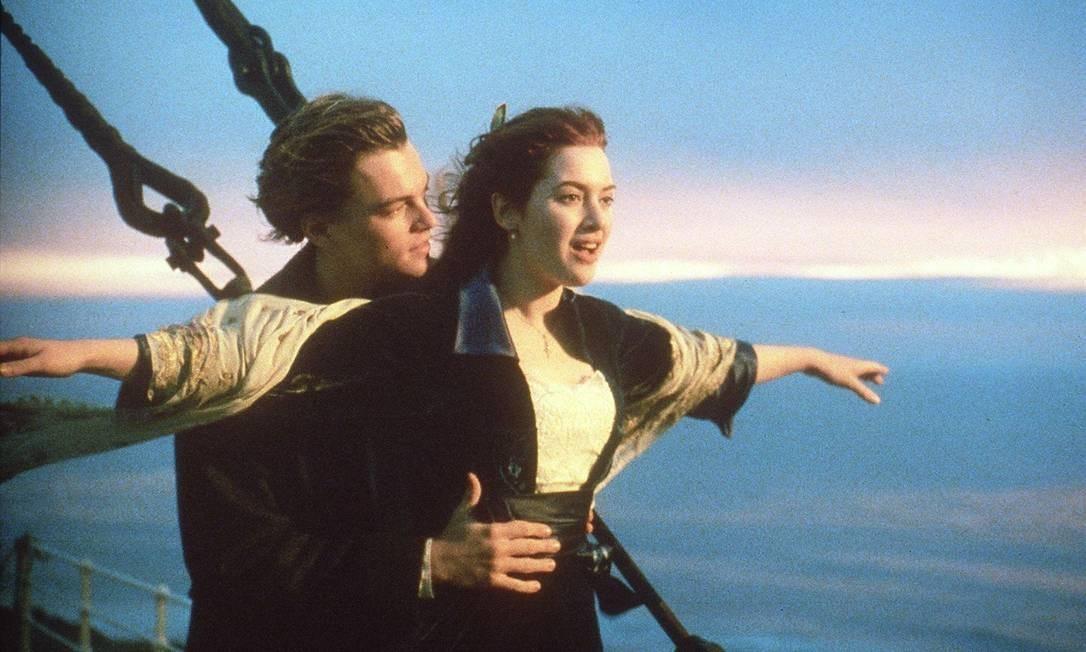 """Leonardo DiCaprio e Kate Winslet em icônica cena de """"Titanic"""" Foto: AFP"""