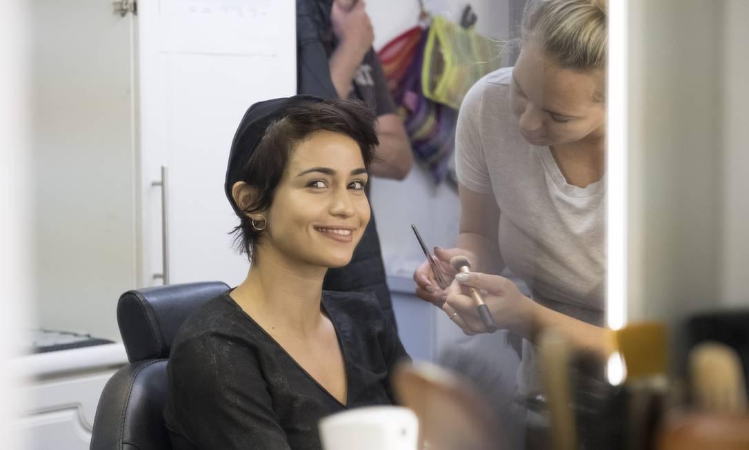 """Nanda Costa durante as gravações de """"Monster Hunter""""; atriz diz que se sentiu à vontade no set Foto: Divulgação"""