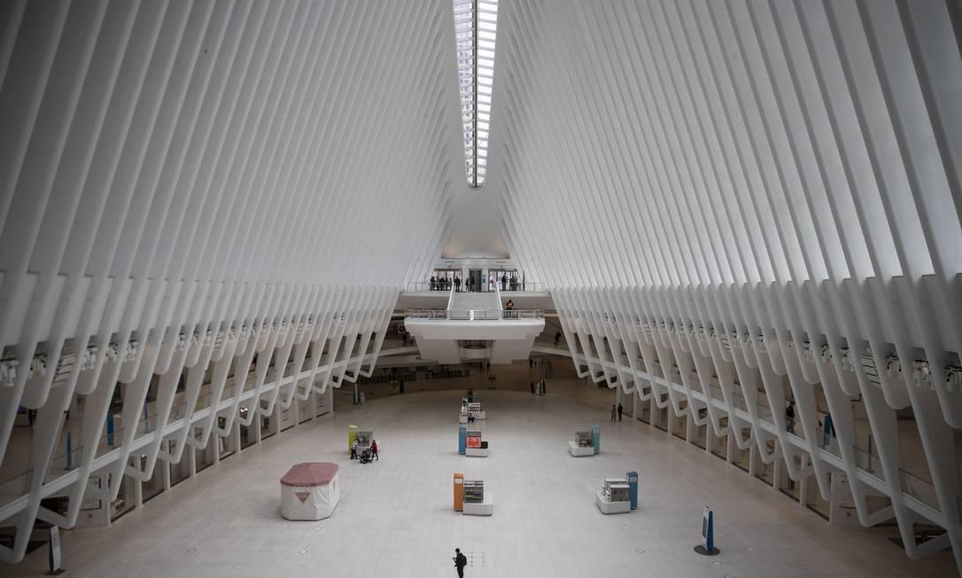 Um Oculus quase vazio no Centro de Transporte do World Trade Center, em Manhattan Foto: VICTOR J. BLUE / Agência O Globo - 15/03/2020