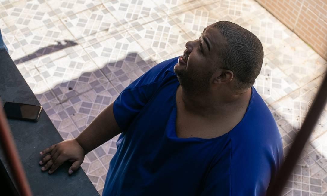 Márcio Ribeiro Nunes tem 39 anos e pesa 270kg Foto: Brenno Carvalho / Agência O Globo
