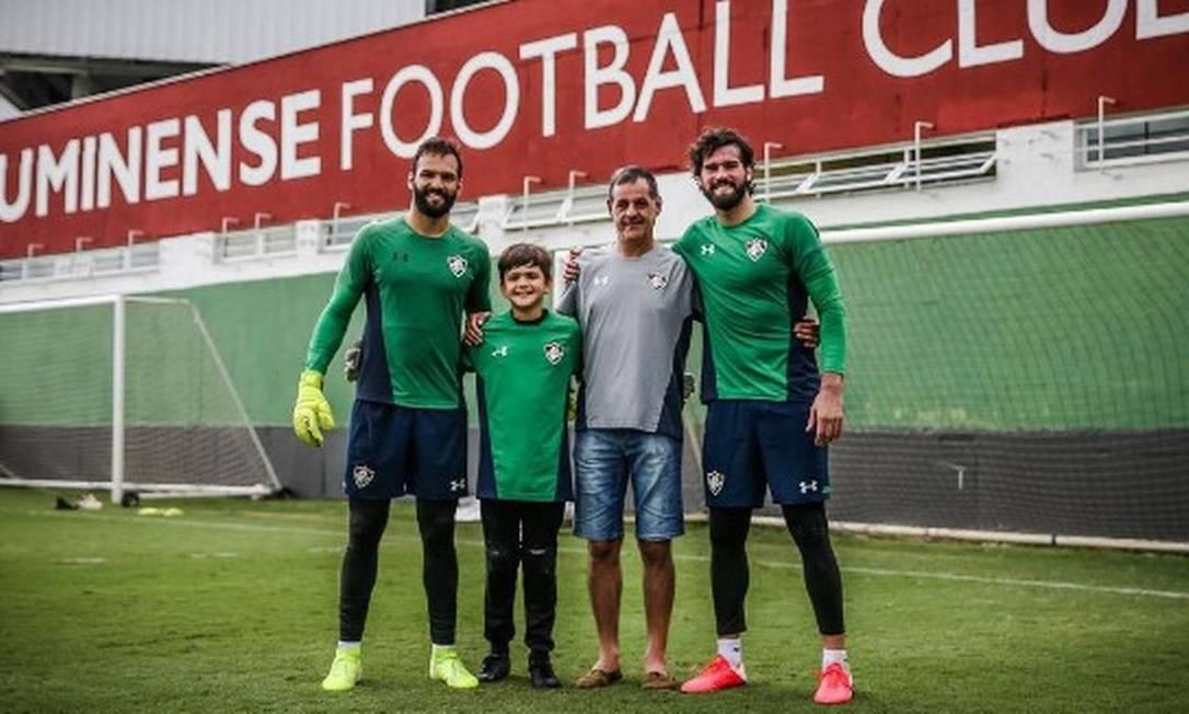 Muriel, José e Alisson em treino no Fluminense Foto: Lucas Merçon/Fluminense