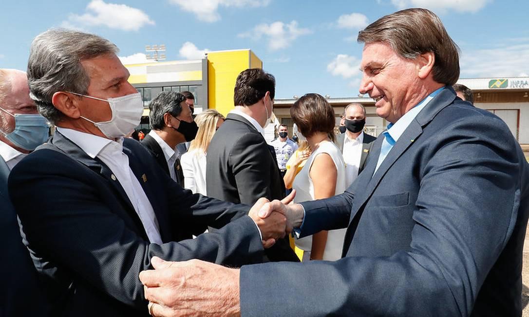 O presidente Jair Bolsonaro e o presidente de Itaipu, Joaquim Silva e Luna, durante evento em Foz do Iguaçu Foto: Alan Santos/Presidência/01-12-2020