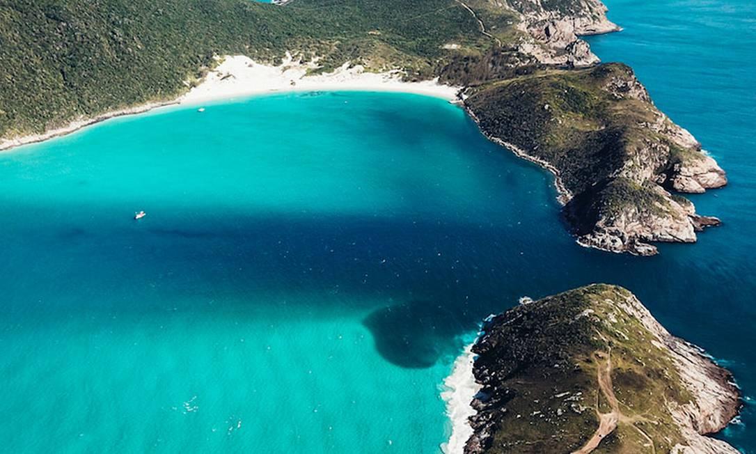 Águas cristalinas de Arraial do Cabo garantem visibilidade Foto: CC