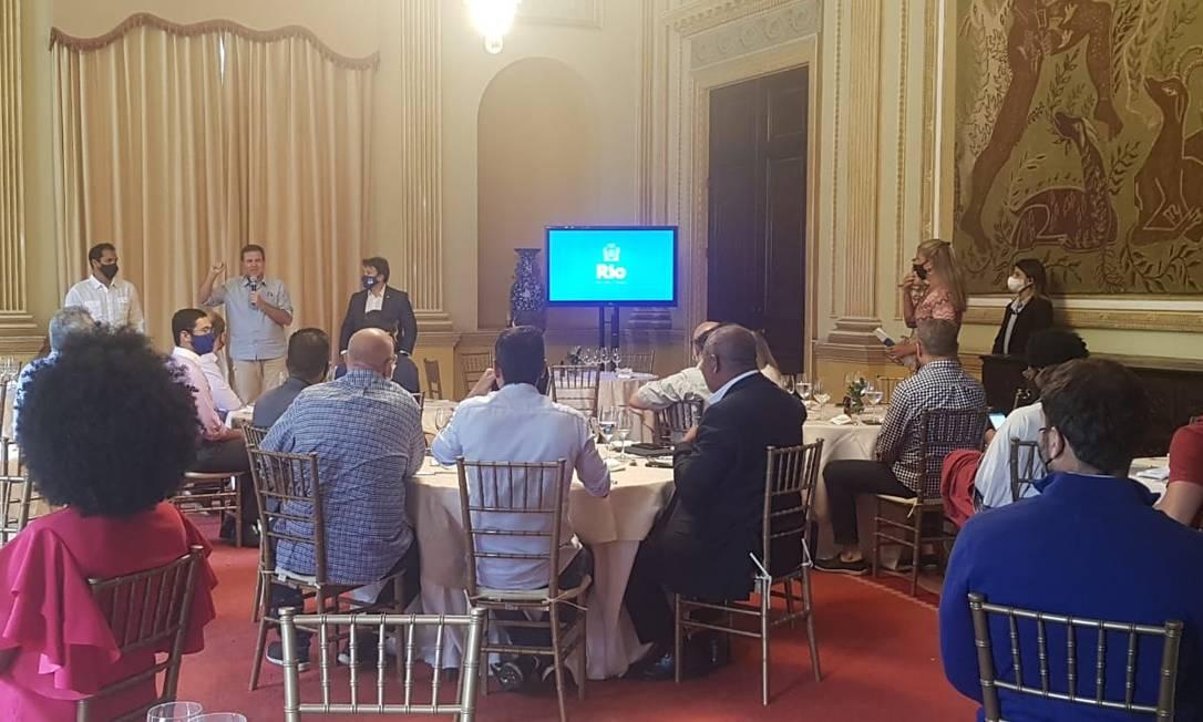 O prefeito Eduardo Paes durante apresentação de pacote de medidas para o município do Rio Foto: Luiz Ernesto Magalhães / Agência O Globo