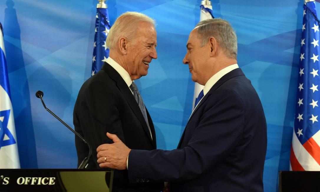 Biden parla con Netanyahu per discutere degli sforzi di pace e cooperazione.  La telefonata è durata circa un'ora e includeva questioni come la politica iraniana e gli accordi arabo-israeliani negoziati durante l'amministrazione Trump Foto: Debbie Hill/AFP - 09/03/2016
