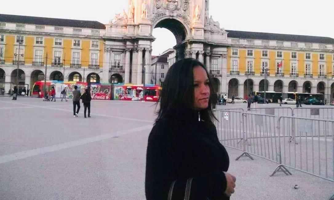 A brasileira Adriana Nunes na Praça do Comércio, em Lisboa Foto: Arquivo pessoal