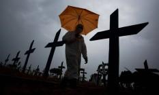 Cemitério Nossa Senhora Aparecida em Manaus, Amazonas, estado que registrou maior crescimento de mortes em 2021. Foto: MICHAEL DANTAS / AFP