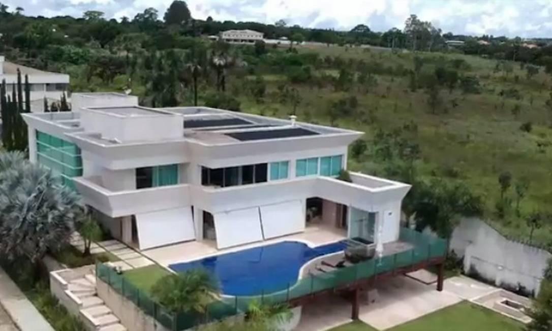 Mansão comprada por Flávio Bolsonaro no Lago Sul, área nobre de Brasília Foto: Reprodução