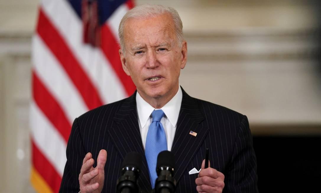 Joe Biden fala sobre a vacinação contra o coronavírus nesta terça-feira Foto: KEVIN LAMARQUE / REUTERS