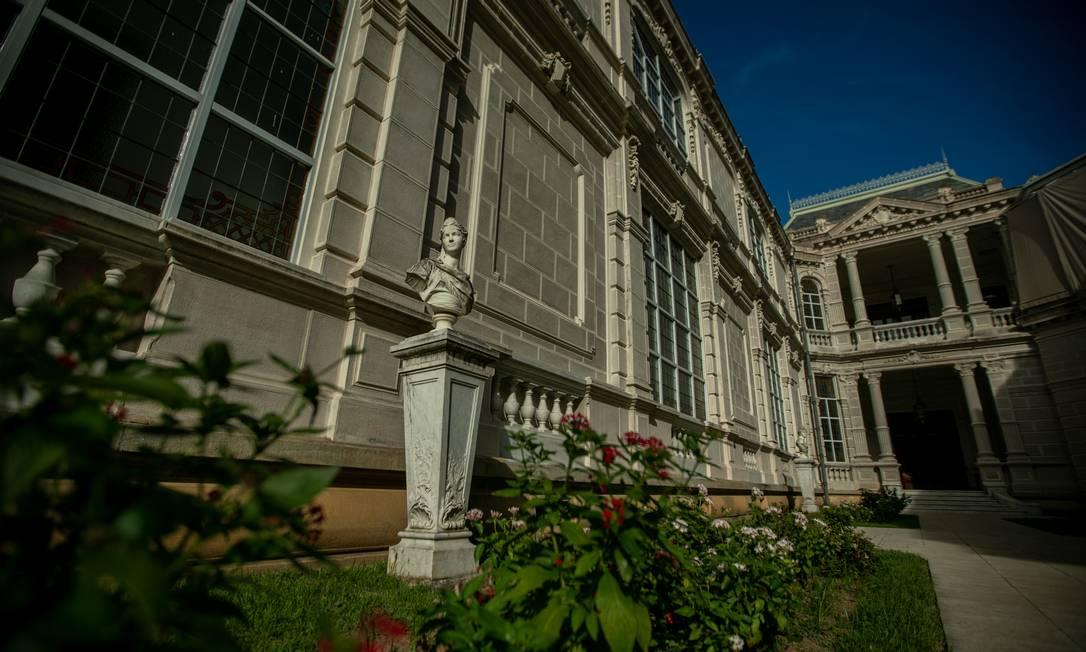 No Palácio Laranjeiras, assim como no Guanabara, os guias dos visitantes serão alunos e instrutores do curso Técnico em Guia de Turismo do Senac RJ Foto: Brenno Carvalho / Agência O Globo