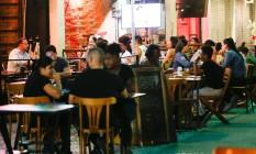 Bares terão horário de funcionamento limitado Foto: Roberto Moreyra / Agência O Globo / 03-03-2021