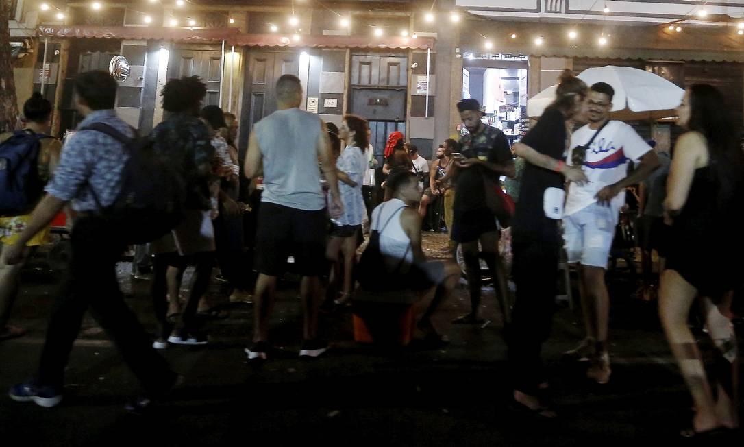 Horário de funcionamento de bares e restaurantes será reduzido para evitar aglomerações Foto: Fabiano Rocha / Agência O Globo / 17-02-2021