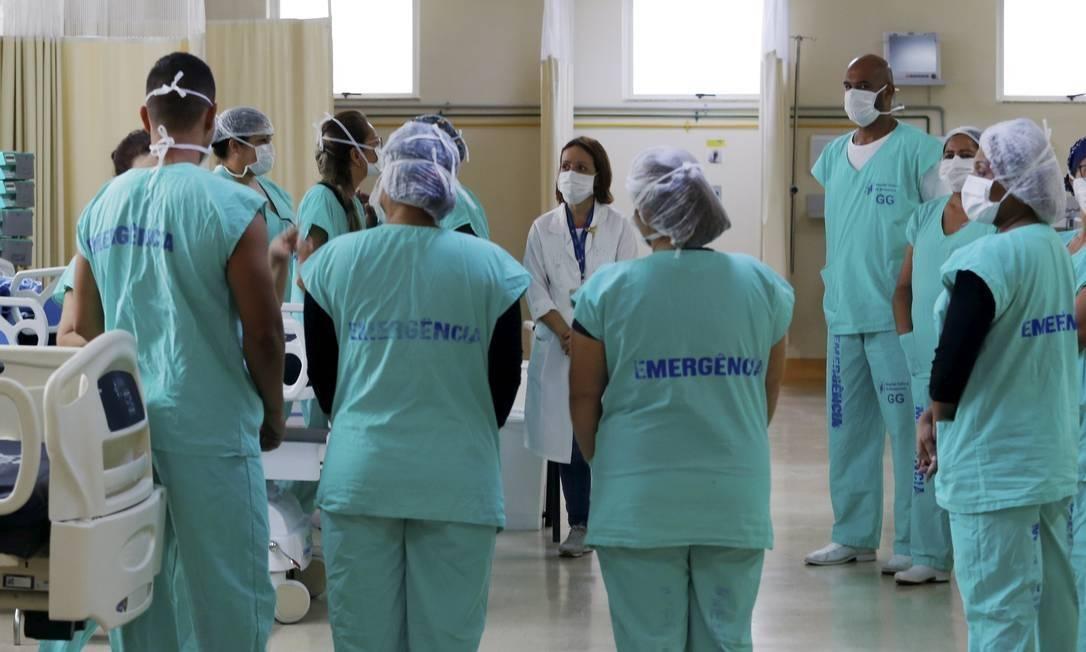 Profissionais da Saúde do Hospital Federal de Bonsucesso, na Zona Norte, durante reunião sobre Covid-19 (Arquivo) Foto: Fabiano Rocha / Agência O Globo