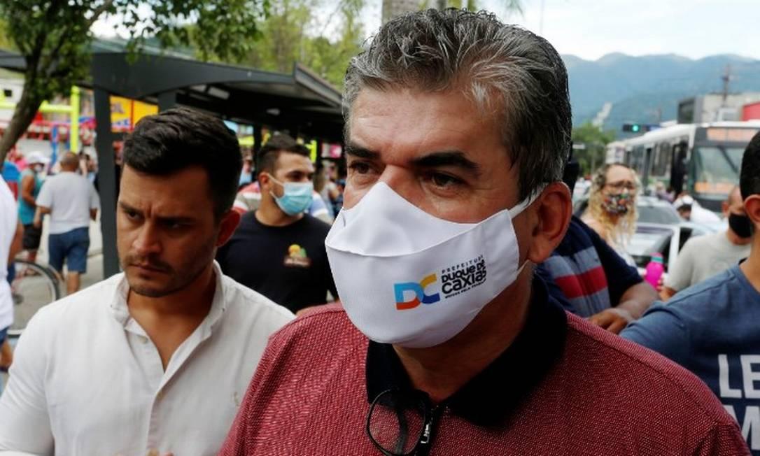 Washington Reis em vacinação em Duque de Caxias Foto: Fabiano Rocha / Agência O Globo