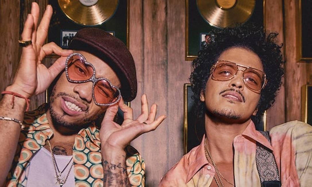 """Anderson .Paak e Bruno Mars lançaram """"Leave The Door Open"""", primeira faixa da banda Silk Sonic Foto: Divulgação"""