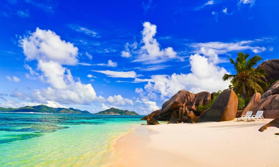 Praia no arquipélago de Seychelles, país africano no Oceano Índico Foto: Divulgação