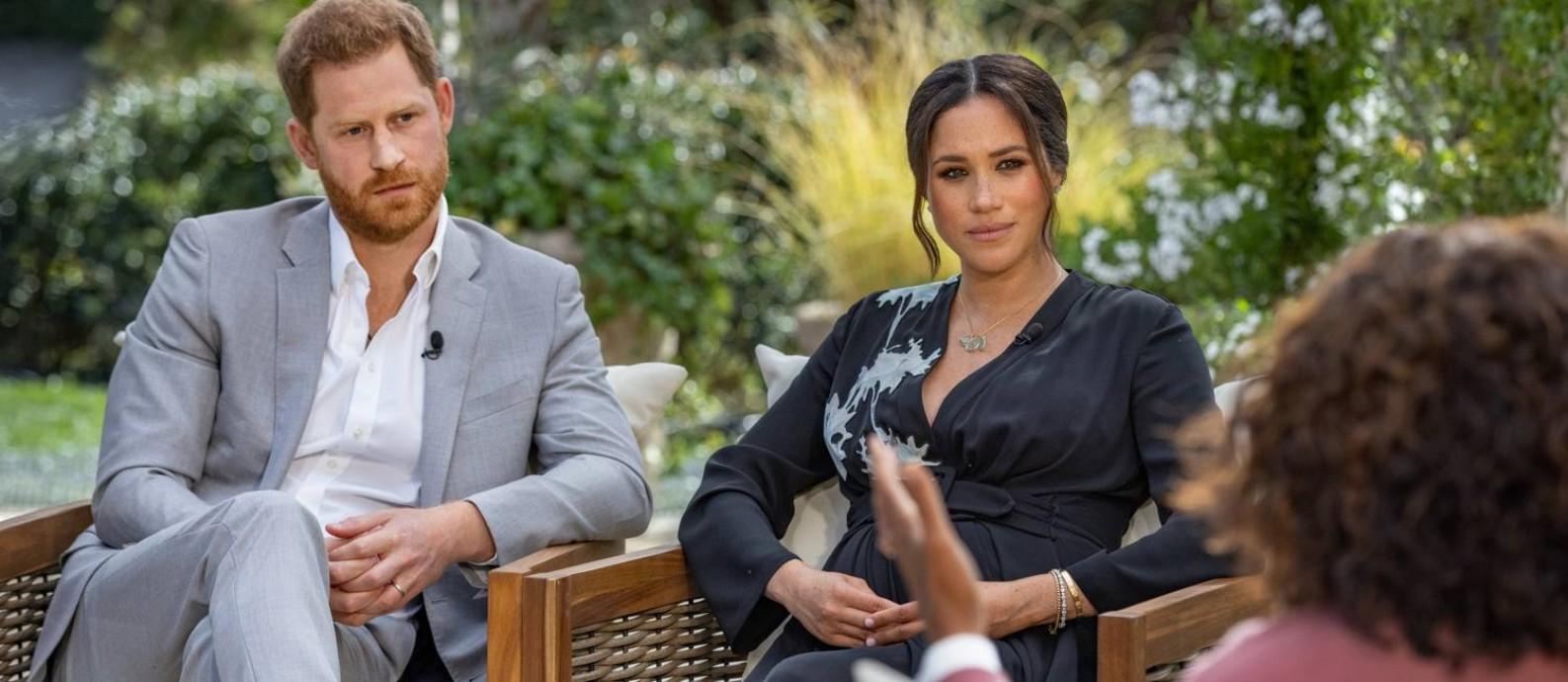 Príncipe Harry e Meghan Markle, durante entrevista à apresentadora Oprah Winfrey Foto: Handout / Harpo Productions/Joe Pugliese v