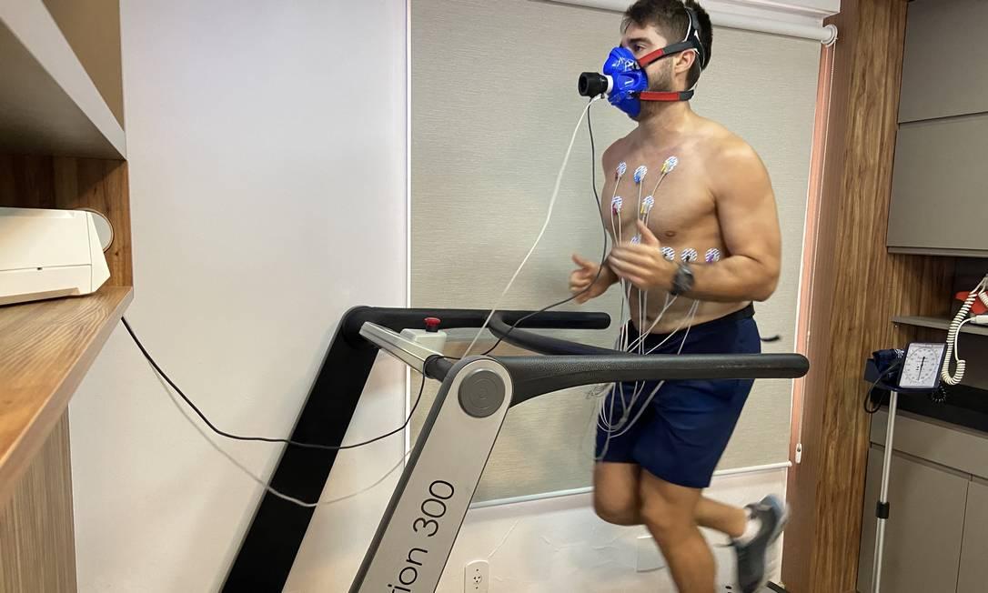 Bruno Schmidt faz bateria de exames para retomar a forma: ele perdeu massa magra, mas já voltou a fazer muscula??o Foto: Arquivo pessoal