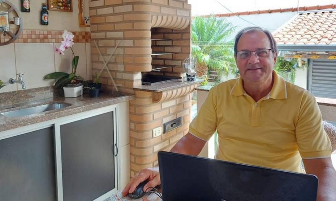 Alberto Gobato Filho trabalhou por 35 anos em uma empresa têxtil, onde entrou como auxiliar de almoxarifado e saiu como gerente de compras Foto: ARQUIVO PESSOAL - ALBERTO GOBATO