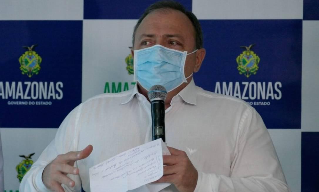 O ministro da Saúde, Eduardo Pazuello, em visita a Manaus, em janeiro Foto: Sandro Pereira/Fotoarena/Agência O Globo/26-1-2021