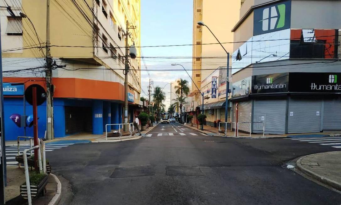 Ruas vazias durante o lockdown de Araraquara (SP) Foto: Divulgação