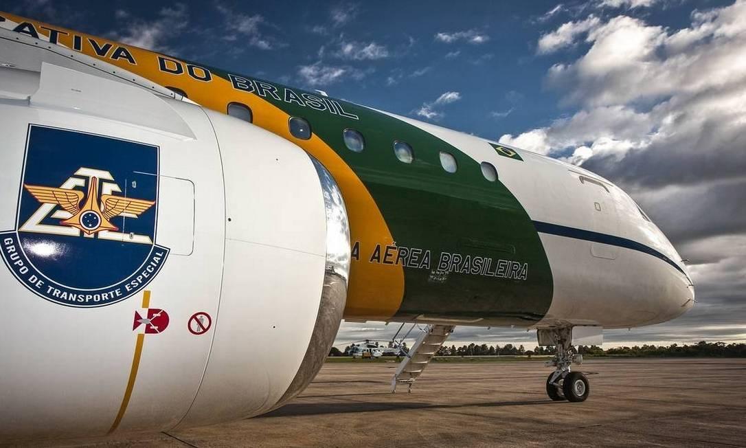 O modelo do avião Embraer 190 que faz parte do Grupo Especial de Transporte Especial da FAB Foto: Johnson Barros / Força Aérea Brasileira