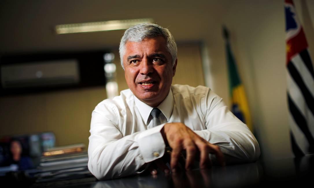 Senador Major Olimpio (PSL-SP) é o terceiro a ser vítima de Covid-19. Eleito com nove milhões de votos, Olimpio foi internado no último dia 2 e intubado quatro dias depois. Ele deixa mulher e dois filhos Foto: Adriano Machado / Reuters