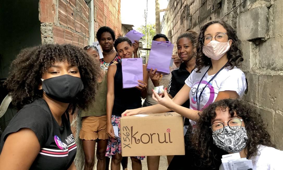 Doação de absorventes em comunidades da Zona Norte do Rio de Janeiro Foto: Arquivo club Elza Soares