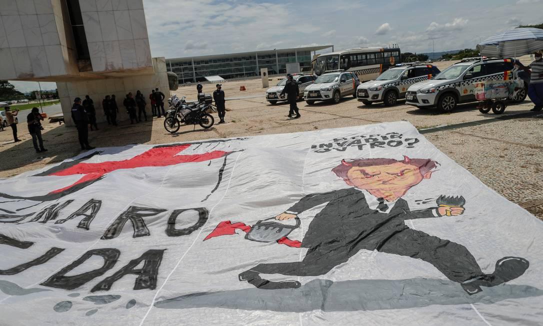 Após prestarem depoimento, quatro dos cinco manifestantes foram liberados Foto: UESLEI MARCELINO / REUTERS