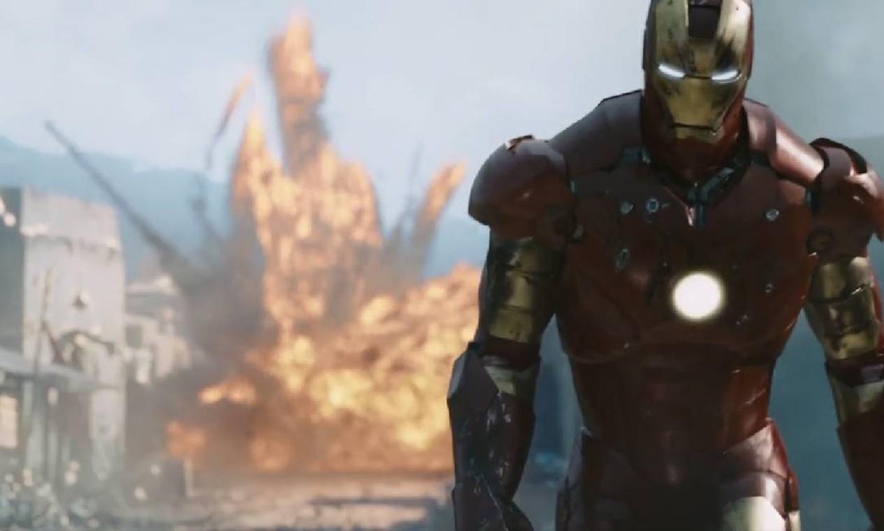 'Homem de Ferro' (2008): Depois de ser mantido em cativeiro em uma caverna afegã, o engenheiro bilionário Tony Stark cria uma armadura única como arma para combater o mal. Foto: Reprodução