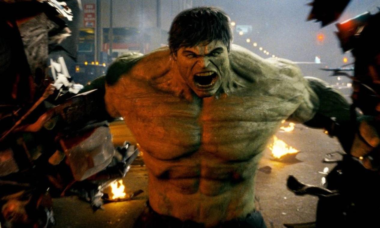 'O incrível Hulk' (2008): Primeiro filme lançado pelo estúdio, mas seus eventos ocorrem paralelamente aos de 'Homem de Ferro 2'. Bruce Banner, um cientista em fuga do governo dos Estados Unidos, deve encontrar uma cura para o monstro em que se transforma sempre que perde a paciência. Foto: Reprodução