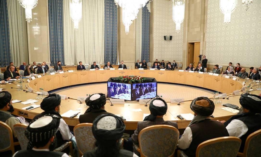 Representantes da Rússia, EUA, China, Paquistão, Afeganistão e da milícia Talibã se reunem em Moscou Foto: Russian Foreign Ministry / via REUTERS