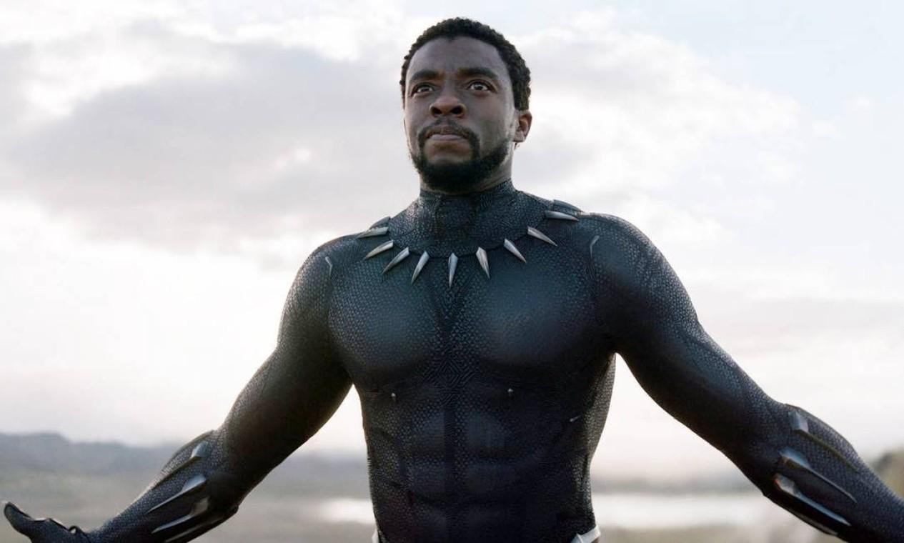 'Pantera Negra' (2018): T'Challa, herdeiro do reino de Wakanda, deve dar um passo à frente para liderar seu povo para um novo futuro e deve enfrentar um desafiante do passado de seu país. Foto: Reprodução