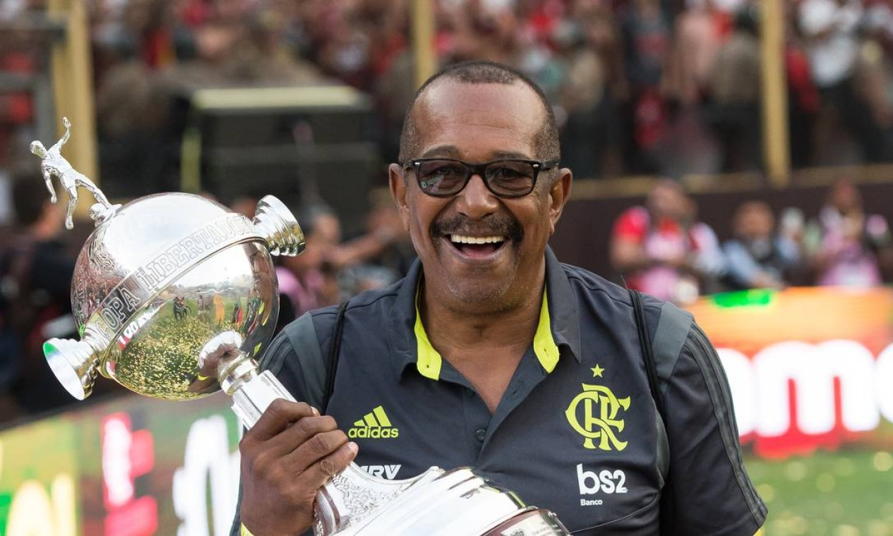 Jorginho. Há 40 anos no Flamengo, massagista não resistiu às complicações e morreu aos 68 anos Foto: Alexandre Vidal/Flamengo