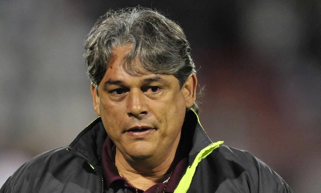 Marcelo Veiga. Técnico do São Bernardo morreu em dezembro do ano passado, aos 56 anos, após ser internado Foto: Divulgação/Portuguesa/Twitter