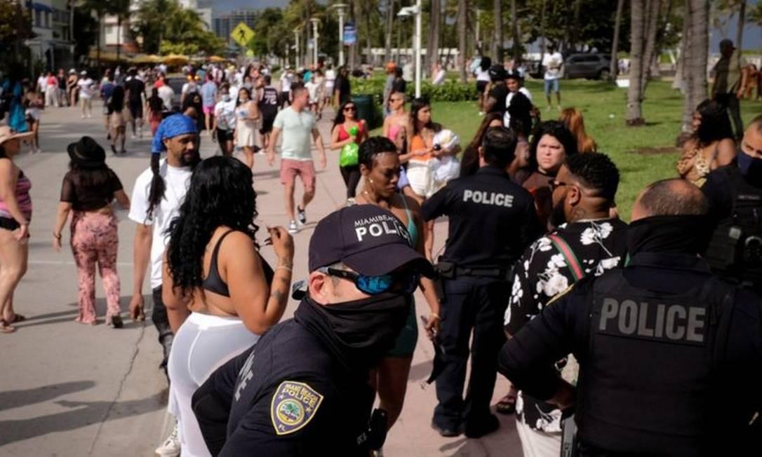 O governo local aumentou o policiamento em Miami Beach nas semanas do 'spring break' Foto: Reuters