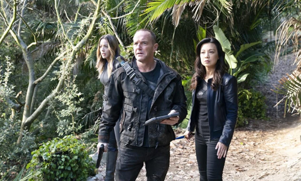 'Agentes da S.H.I.E.L.D.' (2013-2020): Após ser dado como morto em 'Os Vingadores', Phil Coulson monta uma pequena equipe de agentes para lidar com casos incomuns. Foto: Reprodução