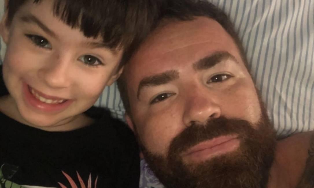 O pai de Henry, o engenheiro Leniel Borel de Almeida, que é separado da mãe do menino, tem publicado fotos e mensagens para o menino. Ela diz ainda esperar respostas Foto: Reprodução / Instagram