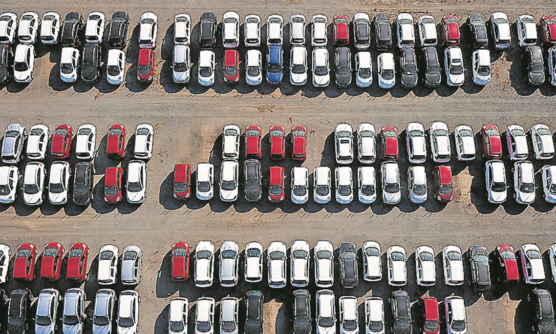 Veículos ficaram aproximadamente 30% mais caros desde o ano passado. Insumos tiveram forte aumento Foto: Nilton Cardin