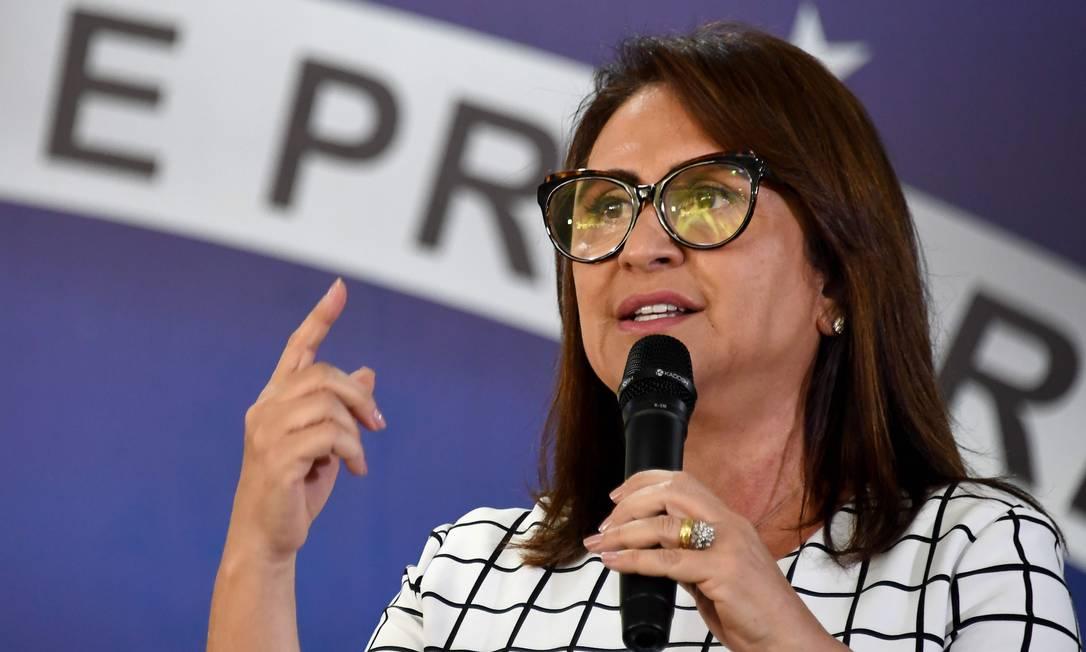 A senadora Kátia Abreu criticou durante o ministro Ernesto Araújo em uma rede social Foto: EVARISTO SA / AFP