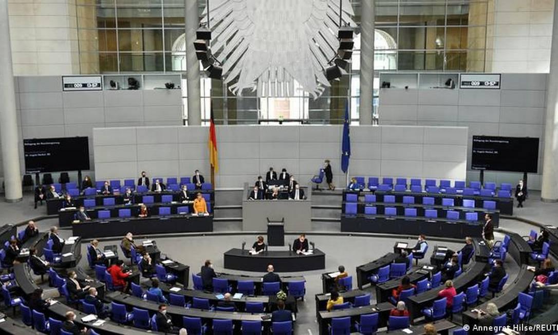 Signatários, que incluem 40 membros do Parlamento alemão, afirmam que aprovação de projetos de lei teria potencial para elevar o desmatamento no Brasil Foto: Annegret Hilse/Reuters